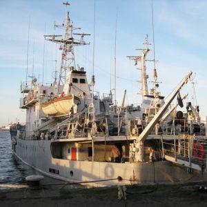 Гидрографическое судно ГС-403, отправляющееся на Гогланд