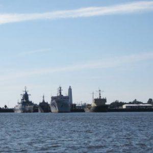 Корабли у причала Зимней гавани
