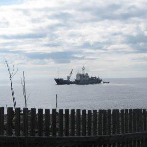 А судно уйдет на северную оконечность острова
