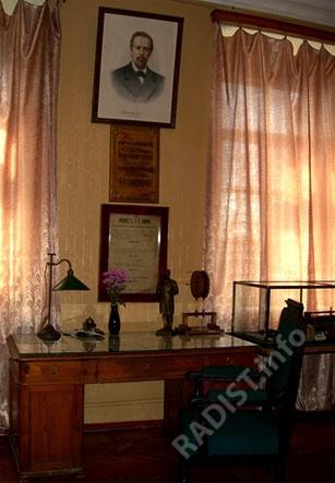 Рабочий стол А.С. Попова в Мемориальном музее А.С. Попова