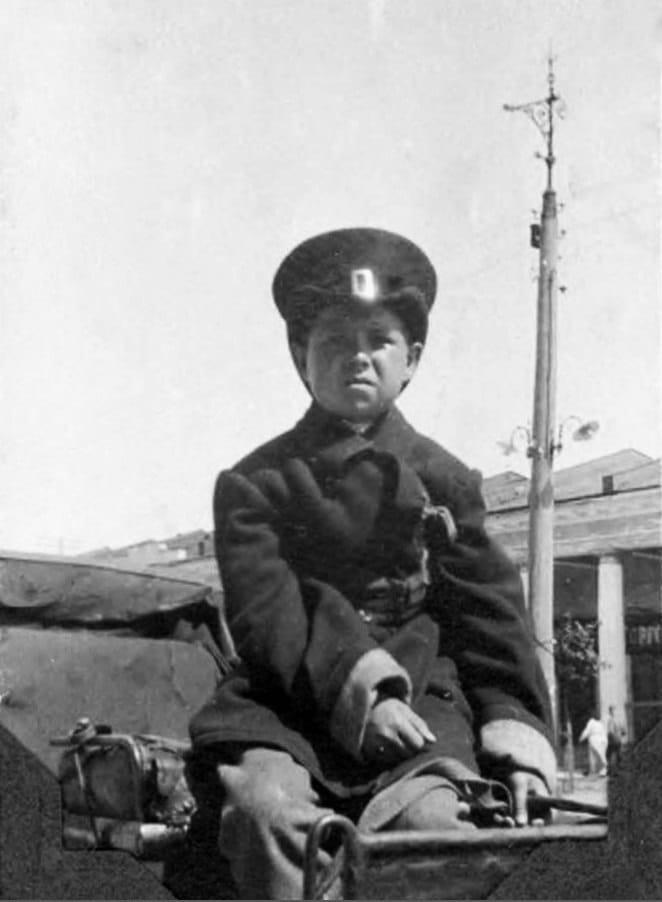 Извозчик у Гостиного двора, Кронштадт 1918 г