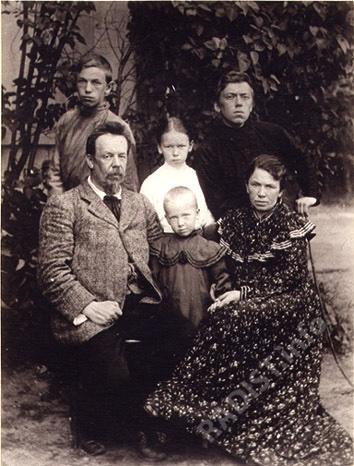 А.С. Попов с семьей. Фото 1903 года