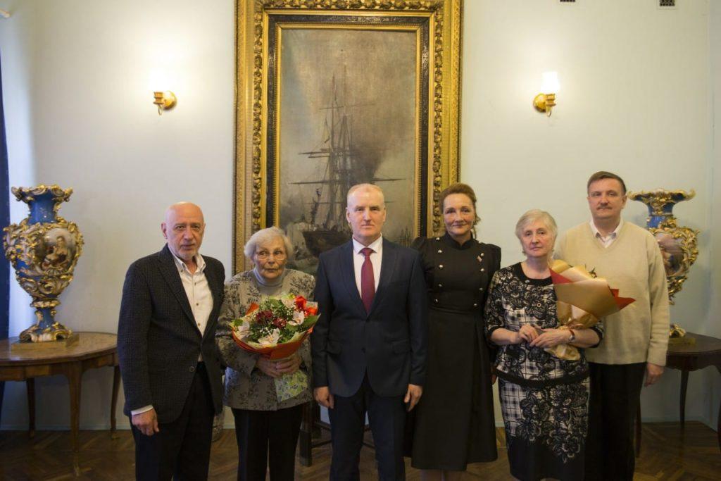 15 мая 2019 года в Кронштадте вручили почётные знаки заслуженным кронштадтцам