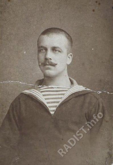 Алонцев Федор Никифорович, радиотелеграфист на крейсере «Аврора», во время прохождения службы в 1913-1918 гг. Снимок 1915 г.