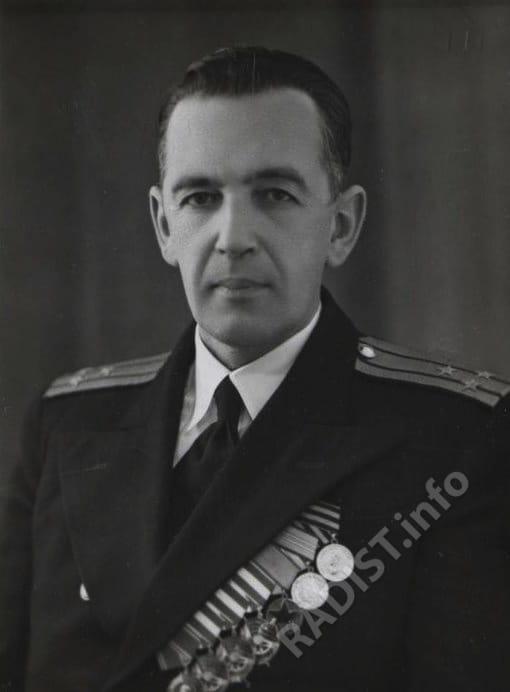 Апостоли Борис Николаевич, капитан 1 ранга, начальник школы радиометристов. Снимок 1946 г.