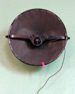 Громкоговоритель «Рекорд» образца 1935 года для сетевого радиовещания.