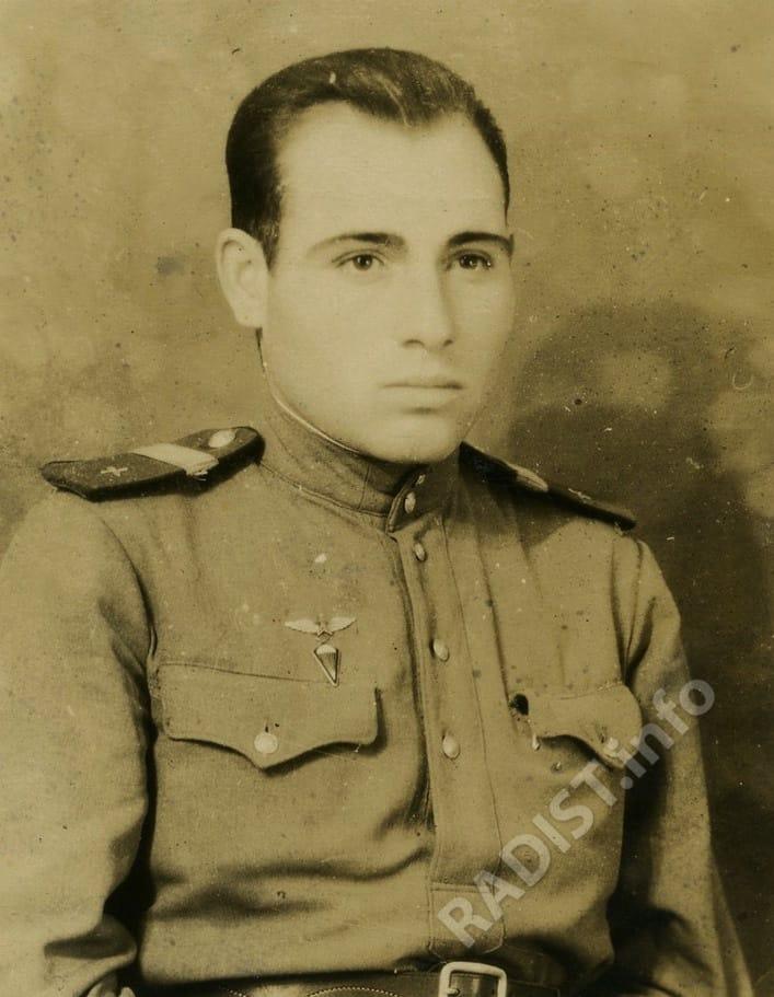 Гуцул Анатолий Милютинович, старший сержант, воздушный стрелок - радист 836 авиаполка дальнего действия, 09.11.1948 г.