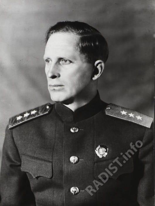 Маршал войск связи Пересыпкин Иван Терентьевич, 1944 г._001