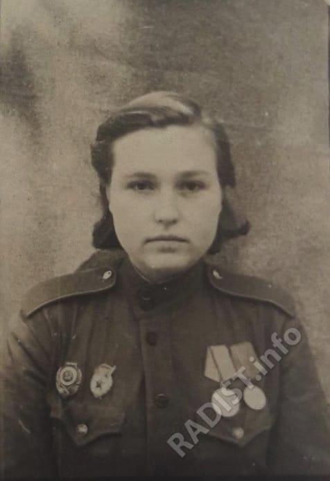Н.А. Кириллова – радист 10-го гв. Уральского добровольческого танкового корпуса, 30 сентября 1944 г.