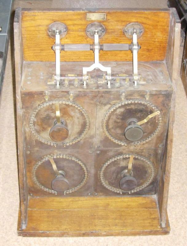 Радиоприемник детекторный, РОБТиТ, в деревянном корпусе, 1908-1909 гг.