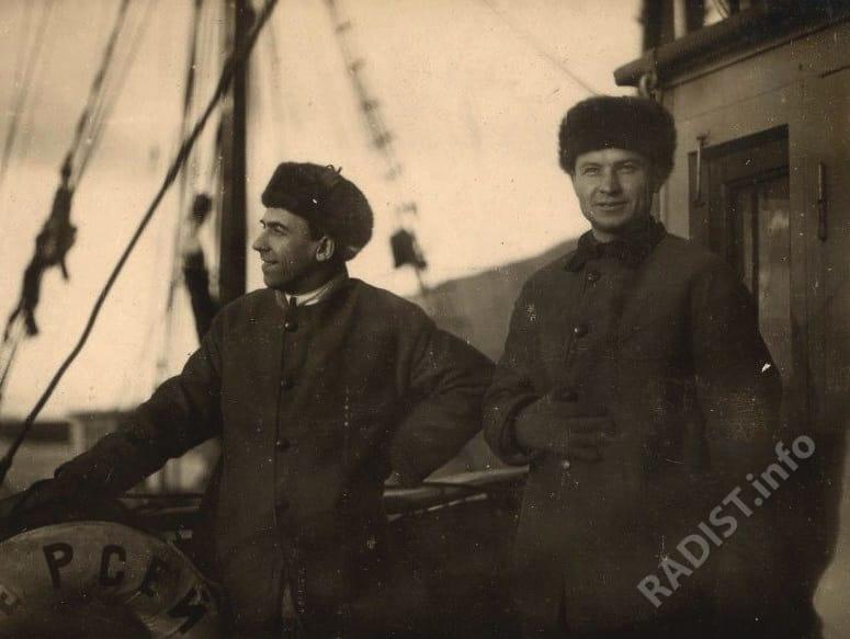 Радисты Баренцбурга самоотверженно починившие рацию «Персея», 1932 г.