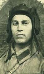 Рядовой А.И. Высочин башенный стрелок, стрелок-радиотелеграфист 13 отд. танкового батальона 13 легкотанковой бригады, 1940-е годы.