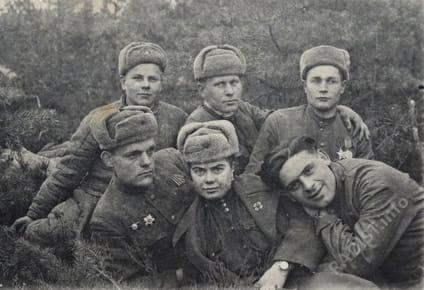 Связисты 2-ого дивизиона 354 арт. полка 139 сд, март 1945 г.