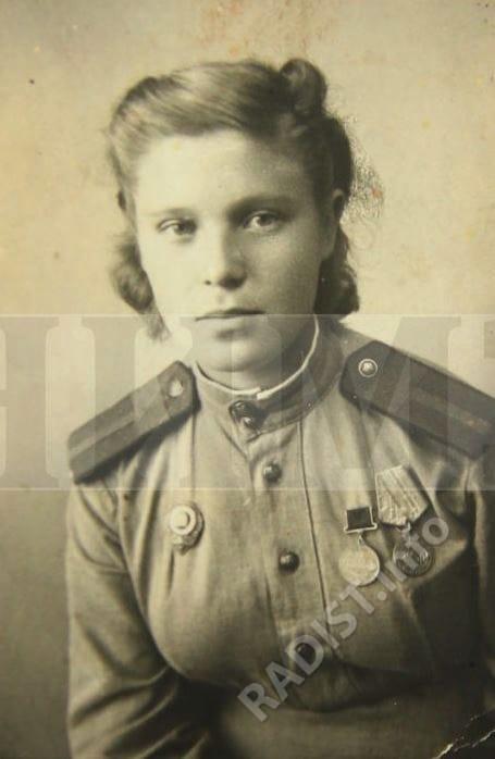Зайкина-Осадчук Зинаида Тимофеевна, старший радист 88 отдельного морского полка связи. г. Турка, Дрогобычская область, УССР (ныне – Львовская область, Украина), 10 октября 1944 г.