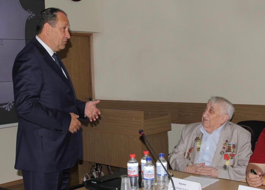 100-летний сотрудник «Росэлектроники»